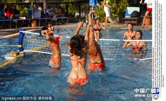 组图:泰国人妖排球大赛着比基尼性感激战