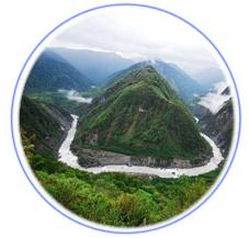 雅鲁藏布大峡谷推荐理由
