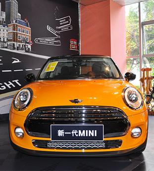 小车变大更显可爱 到店实拍全新MINI
