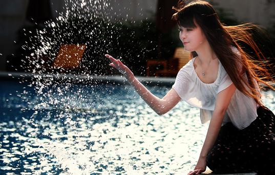 福州清纯美女湿身诱惑图