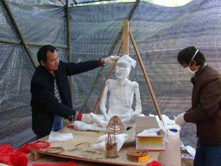 漳州龙海神奇菜姑圆寂32年不腐 寺庙要为她塑金身