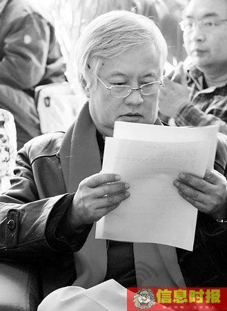 """薛蛮子""""应该防止将禁止儿童行乞演变为全面禁止行乞的运动。"""" 信息时报特派北京记者 幸琦昕 摄"""