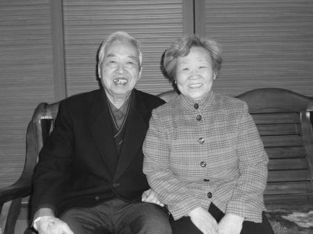 白发苍苍老夫妻图片