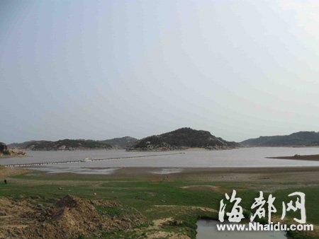 平潭最主要的水源地三十六脚湖,水位不断下降