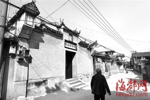水西林古街已有千年历史,而古街两边的房子,历史悠久