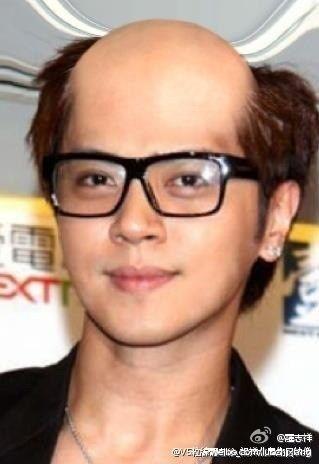 2012年当红明星微博卖萌囧照