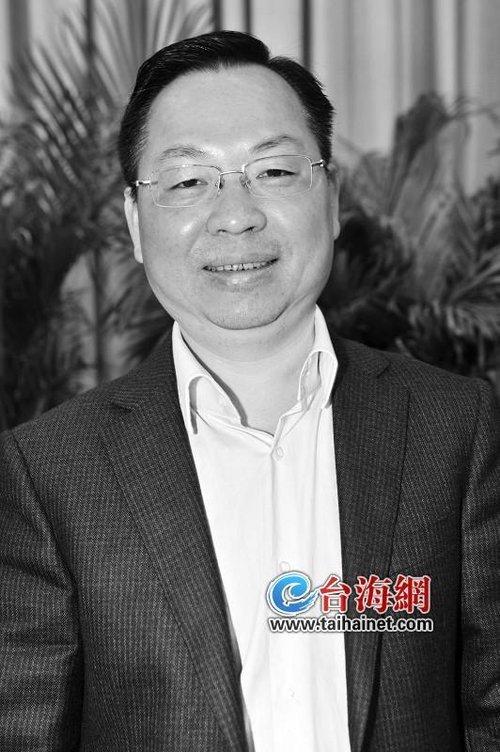 厦门市人力资源和社会保障局局长李钦辉