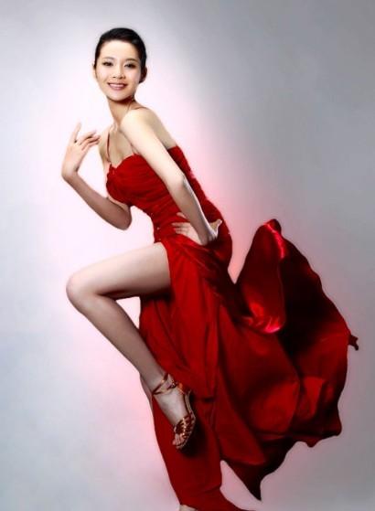 女演员宋汶霏因癌症去世 生前写真曝光