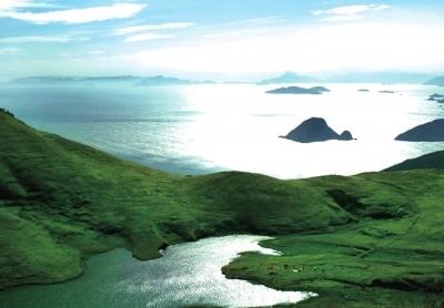 福鼎嵛山岛拥有草甸和湖泊