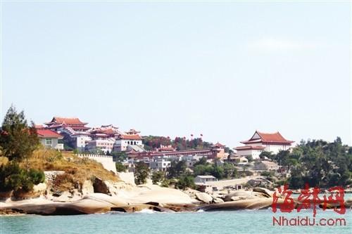 有着﹃海上布达拉宫﹄之称的妈祖祖庙建筑群