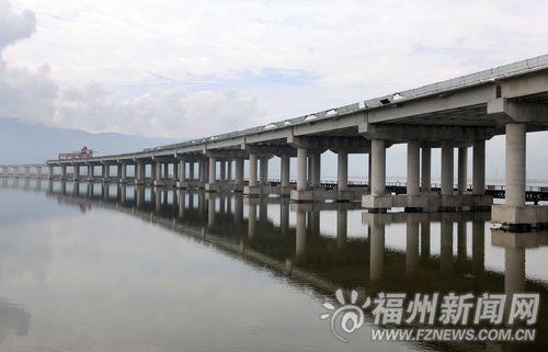 罗源湾特大桥桥墩搭建完毕