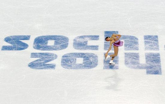 日本花滑女神浅田真央在比赛中