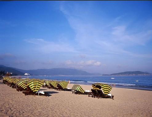 阳光与沙滩