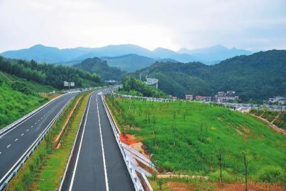 漳永高速公路今日通车