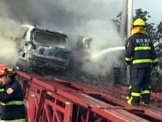 大货车发生自燃