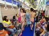 日本地铁清凉时装秀