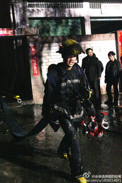 杨建权的照片在微博上疯传