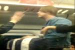 实拍外籍乘客火车上用中文调戏辱骂女乘客