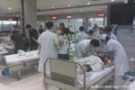 记者在温州医院称医护人员正紧急抢救