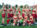 比利时小姐穿红色内衣火辣上阵踢足球