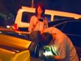 女孩遇开豪车男搭讪兴奋上车:开好车的都是好人