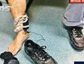 猥琐男将摄像头藏鞋中偷拍女性裙底