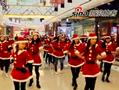 厦门平安夜百名圣诞女孩商场热舞