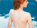 53岁喜剧女星拍全裸照 香艳十足